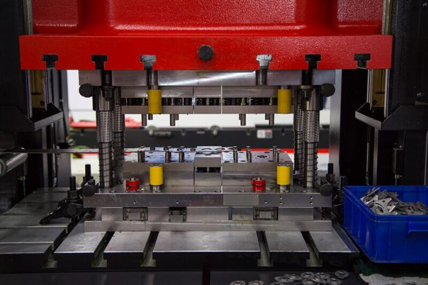 Look For This When Buying Hydraulic Press Adapters